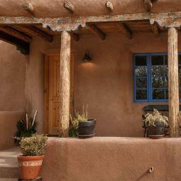Adobe house, New Mexico, USA